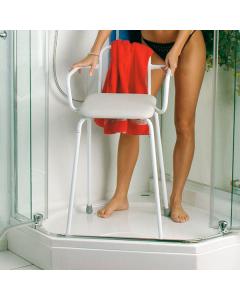 Duschstuhl mit Rücken- & Armlehne